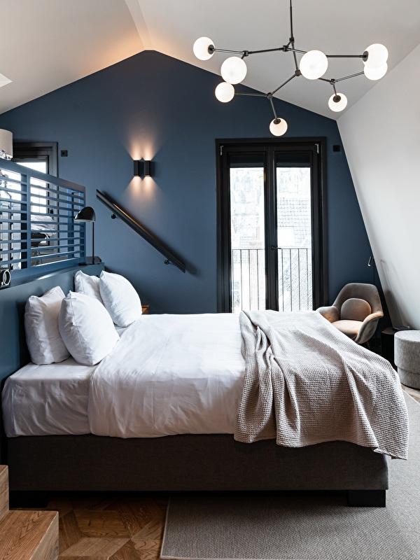 bed in honey moon kamer
