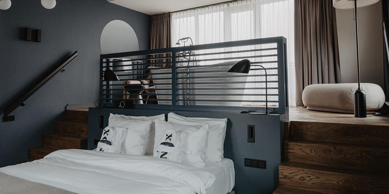 bed in de honey moon kamer